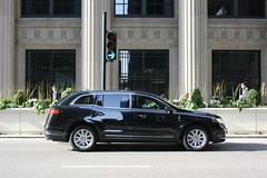Black Car (Flint Foto Factory) Tags: auto city urban chicago black building green classic beautiful car sign architecture turn design illinois spring automobile downtown afternoon loop side profile reserve style right jackson class american only lincoln april service lasalle mkt rushhour neo arrow pm federal luxury 2012 2010 2011 2013 worldcars