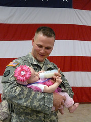 Welcome home (The National Guard) Tags: baby home soldier army military father guard daughter mo homecoming national missouri newborn nationalguard soldiers ng kuwait welcome guardsmen troops deployment usarmy mong guardsman