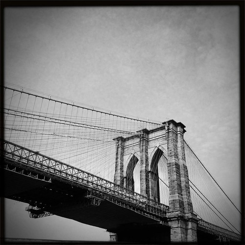 Brooklyn Bridge	by mikerastiello