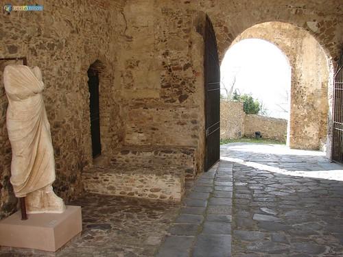 VV-Vibo Valentia-Castello Normanno 066_L