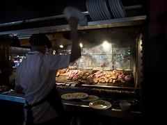 Montevideo (mardruck) Tags: portrait people food southamerica pen lunch uruguay pig downtown comida centro meat pork barbecue latinoamerica palenque parrilla 12mm montevideo 20 zuiko churrasco américadosul montevidéu uruguai f20 m43 ciudadvieja mercadodelpuerto microfourthirds olympusep3