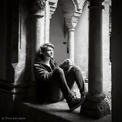 Narcissus&Goldmund (Steve.frog) Tags: carmeliteabbeybamberg abbey bamberg kloster bayern bw blackwhite schwarz monochrome germany portrait sepia quadrat cube shadow sombras light biancoenero nero bianco negro noir