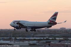 British Airway Boeing 747 G-BNLV arriving-2799 (rob-the-org) Tags: kphx phx skyharborinternational phoenixaz britishairways boeing 747 gbnlv sunset dusk arrival f63 210mm 180sec iso200 cropped noflash topaugust2016