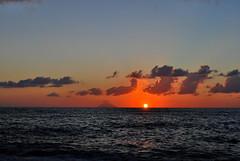 (Morena Vitellio) Tags: mare sea calabria tropea mer estate summer sunset tramonto relax crepuscule nuvole nuages clouds stromboli volcano volcan