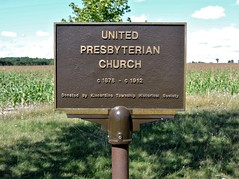 United Presbyterian Church (Will S.) Tags: mypics bervie ontario canada presbyterian presbyterianism cemetery headstones protestant protestantism christian christianity church churches