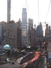 Around New York: Roosevelt Island, Sep. 2016 (yapima1) Tags: newyork rooseveltisland skyline cityview tram