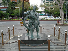 Sailor Statue - Manila Bay (lukedrich_photography) Tags: sony dscw55 sonydscw55 hdr philipines   pilipinas     republikangpilipinas republicofthephilippines asia southeast southeastasia pacific island manila sailor statue bay manilabay roxasboulevard roxasblvd baywalk bronze caloocan captainswheel marine maritime nautical naval seafarer seafaring stearingwheel wheel