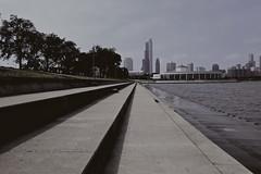 Lines (ancientlives) Tags: chicago illinois usa travel lake lakemichigan lakefronttrail lakeshore museumcampus sheddaquarium adlerplanetarium saturday autumn sept september 2016 fuji fujixpro1 fuji18mm 18mm landscape