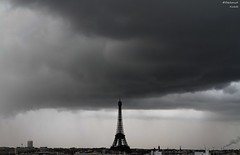 Bad weather (bertrand kulik) Tags: paris ciel toureiffel nuage ville orage
