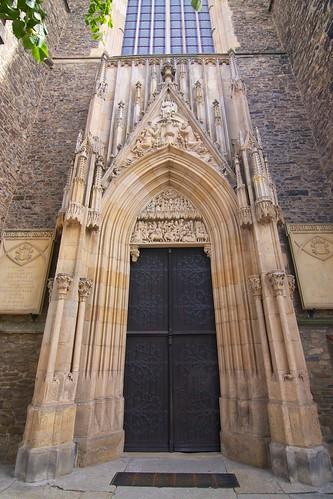 Portal zachodni kościoła śś. Piotra i Pawła w Strzegomiu