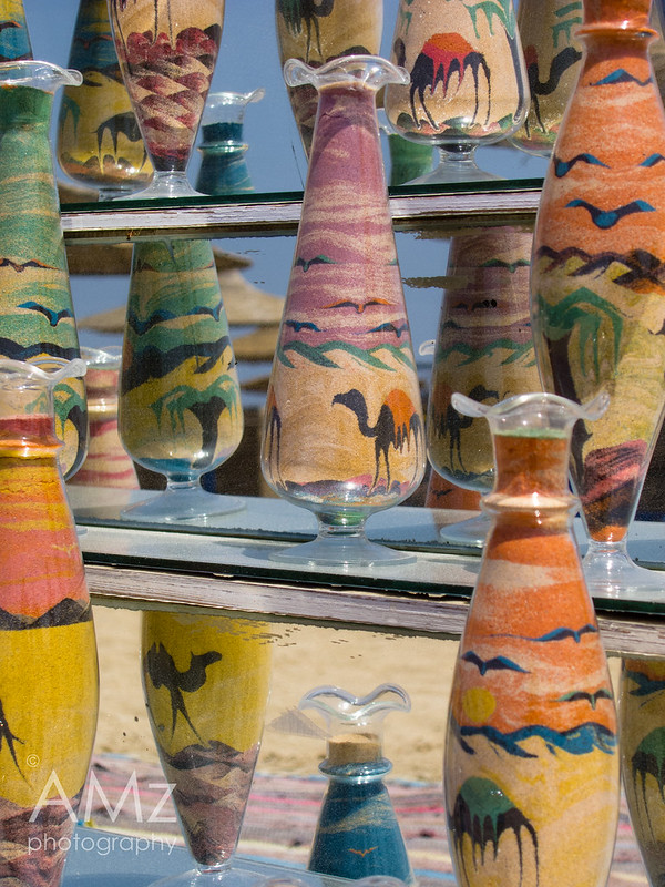 Colored Sand Kitsch in Vases
