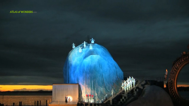 Floating stage opera festival