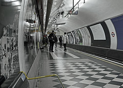 London Underground (Nikon D7100) (High ISO) (markdbaynham) Tags: city urban london digital train underground high nikon capital transport iso cropped format dslr sensor dx apsc d7100