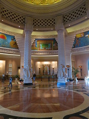 Atlantis (#7671) (Kordian) Tags: atlantis bahamas paradiseisland highiso mp6 tripsvacations canonpowershots100 201301 latinsouthamerica