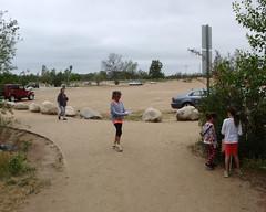 007 Finding A Junction Control (saschmitz_earthlink_net) Tags: california losangeles control junction trail runners orienteering lakebalboa 2013 laoc losangelesorienteeringclub