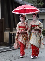 2013-Japan-Spring-Printemps-Kyoto-People (Annie Guilloret) Tags: people kyoto maiko