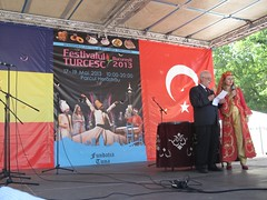 Turkish Officials hosting the event (Andra MB) Tags: festival turkey trkiye romania bucharest turkish bucuresti herastrau trk roumanie turchia bucarest turkei turkishfestival romanya rumnien romnia bucureti 2013 turcia bkre turcesc