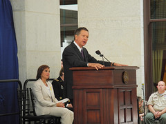 Governor's Wreath-Laying Ceremony - 5/21/13 (Ohio Department of Veterans Services) Tags: columbus ohio john remember vet ceremony may honor wreath governor fallen oh service heroes remembrance veteran department services gov veterans members sacrifice dept statehouse laying vets honoring 2013 governors wreathlaying kasich govs