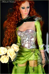 Playeur (Michaela Unbehau Photography) Tags: red paris green fashion ball hair deutschland doll royal convention bjd 16 resin collectible gown 2012 jointed summersun 2011 sybarite superdoll superfrock playeur