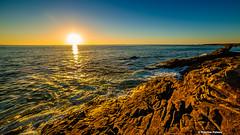 Rockin' sunset (Facebook : photographe.maximepateau) Tags: rockin sunset coucher de soleil sea ocean ocan mer seascape rocks rochers bretagne morbihan cte sauvage quiberon evening soir soire maxime pateau