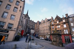 West Bow (sfryers) Tags: grassmarket westbow victoriastreet oldtown city historic architecture edinburgh scotland sigma ex dg 1224 14556