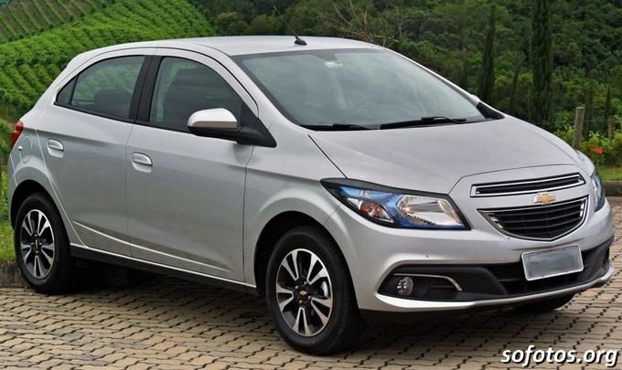 Chevrolet Onix LTZ Prata