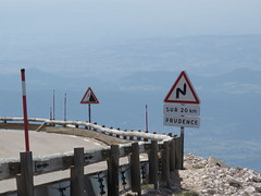 Auf dem Mont Ventoux (Play Out Right Now) Tags: france frankreich tour 2012 montventoux kurven motoradtour