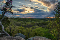 Sunset at Garden of the Gods (Larry Senalik) Tags: sunset mountain illinois spring high unitedstates dynamic gardenofthegods range hdr shawneenationalforest 2013
