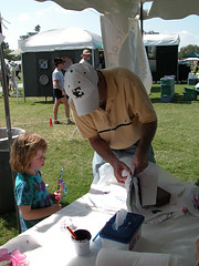 """MainSailArtFestival-2006-42 • <a style=""""font-size:0.8em;"""" href=""""http://www.flickr.com/photos/91848971@N05/8693875104/"""" target=""""_blank"""">View on Flickr</a>"""