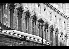The lovers (Haddy Bello) Tags: bw paris france love bn lovers francia inlove kissin