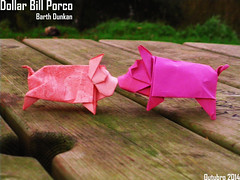 Dollar Bill Porco - Barth Dunkan (Magic Fingaz) Tags: pig piglet schwein porc cerdo origamipig origamicochon