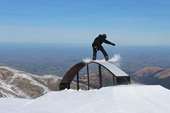 Snowboarding Mt Hutt (matthewbond1) Tags: mthutt nz snowboarding mountains grind park snow skiing bluebird canon