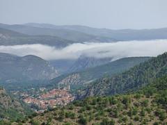Saint-Martin du Canigou (thiery49) Tags: abbaye montagne cloitre chapiteau vue hauteur nuage