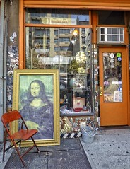 (Goggla) Tags: nyc new york east village storefront mona lisa