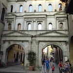 "Porta dei Borsari <a style=""margin-left:10px; font-size:0.8em;"" href=""http://www.flickr.com/photos/14315427@N00/29150083504/"" target=""_blank"">@flickr</a>"