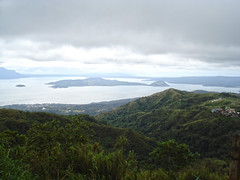 Tagaytay (lukedrich_photography) Tags: sony dscw55 sonydscw55 hdr philipines   pilipinas     republikangpilipinas republicofthephilippines asia southeast southeastasia pacific island peoplesparkinthesky peoplespark urban park tagaytay cavite skyline overlook viewpoint volcano