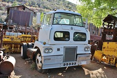 Gold King Mine & Ghost Town (USautos98) Tags: 1959 international sightliner coe cabover truck tractortrailer