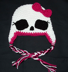 Monster High Hat (CrochetbyDaisy) Tags: hello winter dog ski flower bird home hat monster set scarf cat hair easter toy mouse boot monkey high rainbow kirby sock dinosaur little handmade abby elmo crochet nintendo lion spiderman hats kitty mario mickey diaper clip made pot gaming homemade pony cover angry owl daisy pikachu zelda minnie scarves cuff simba beret viking bonnet unicorn umi headband gir nip scrubber brim scrubbies moha slouchy cadabby zoomi