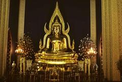 Buddha statue - Marble Temple (Wat Benchamabophit) - Bangkok Thailand (jcqsmer) Tags: statue temple thatsclassy thebestofday gününeniyisi mygearandme blinkagain vigilantphotographersunite