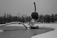 L1113953 (erlin1) Tags: snow spring minneapolis april visible v1 oldenberg spoonandcherry 28mmbiogon leicam8 april2013 28mmzeisst
