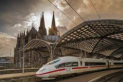 Cologne central station (gambajo) Tags: light ice train germany deutschland cathedral cologne kirchen technik köln orte nordrheinwestfalen züge fahrzeuge bahnhöfe bauwerke