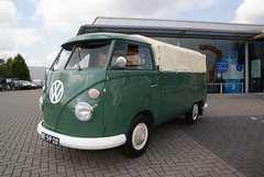 "BE-59-20 Volkswagen Transporter enkelcabine 1966 • <a style=""font-size:0.8em;"" href=""http://www.flickr.com/photos/33170035@N02/8685708989/"" target=""_blank"">View on Flickr</a>"