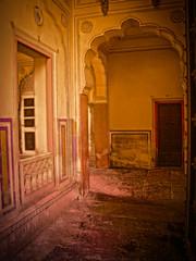 Light in the Courtyard (tombarnes20008) Tags: india august jaipur rajasthan citypalace maharaja 1732 2011 1729 sawaijaisinghii