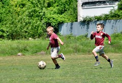 mazzola & loik (fabiano marconi) Tags: red white green ball children nikon ground turin totalphotoshop luigicoppo copber