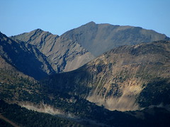 North to Molybdenite (Dru!) Tags: autumn light shadow mountain canada bc britishcolumbia boulder alpine scree geology sedimentary bedding talus coastmountains molybdenite lillooetranges siwhemeadowshike
