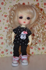 Sissi (Aurelmistinguette) Tags: look yellow de hearts star doll geek skin alice coeur queen collection stormtrooper lea bjd normal wars wonderland limited reine ver sissi in latidoll geekette lati fullset aurelmistinguette