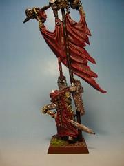 Grande bannière CV (Enkil Bearson) Tags: king vampire banner warhammer wight count bannière revenant