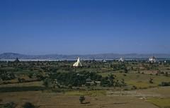 Bagan, Irrawaddy river and temples (blauepics) Tags: river landscape pagoda asia sdostasien burma stupa religion buddhism temples myanmar 1992 southeast fluss landschaft birma pagan bagan tempel irrawaddy pagode buddhismus