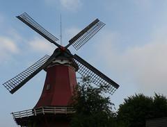 Greetsiel twinmill - Red Mill from 1706 (achatphoenix) Tags: greetsiel zwillingsmhlen twinmills weitwinkel krummhrn eastfrisia ostfriesland lowersaxony moulinvent windmill windmills