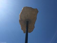 le caillou du ciel (alexandrarougeron) Tags: urbain ville coin hauteur dcor paysage caillou ciel soleil bleu
